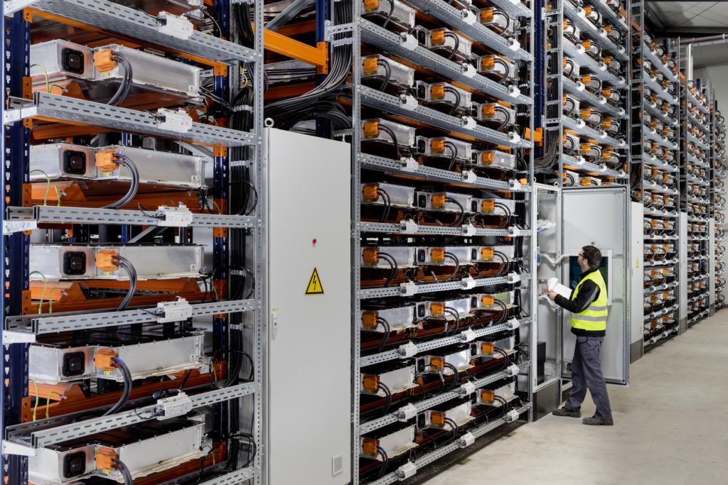 Akkusysteme als stationäre Stromspeicher bei BMW